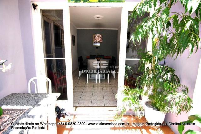 Casa no bairro Balneário, Florianópolis de 04 dormitórios com suíte - Foto 6
