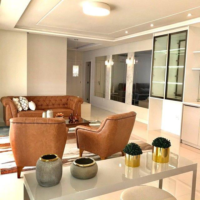 Apartamento mobiliado com 4 suítes na Meia Praia Itapema - SC. - Foto 2