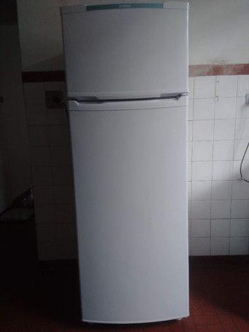 Geladeira Refrigerador Consul 334L - Foto 2