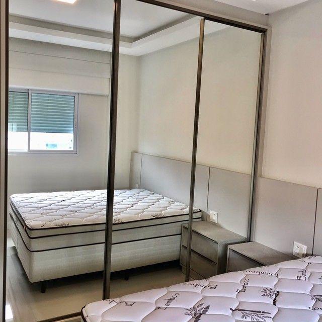 Apartamento mobiliado com 4 suítes na Meia Praia Itapema - SC. - Foto 16