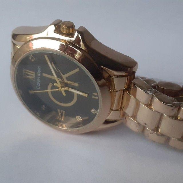 Relógio feminino analógico C.K