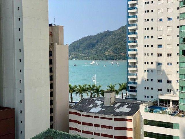 Apartamento na Quadra Mar em Balneário Camboriú - Foto 12