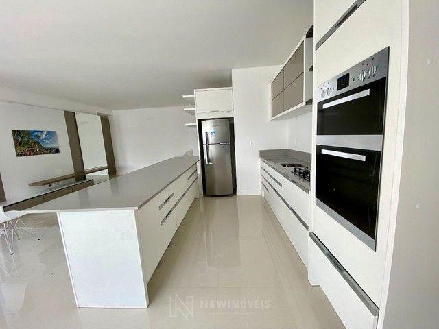 Apartamento Semi-Mobiliado 3 Suítes e 3 Vagas em Balneário Camboriú - Foto 7