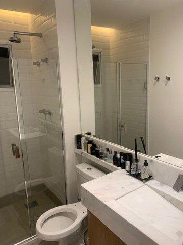 Apartamento Mobiliado e decorado. 2 dorm, 1 suíte. Lazer completo! Região Central - Foto 18