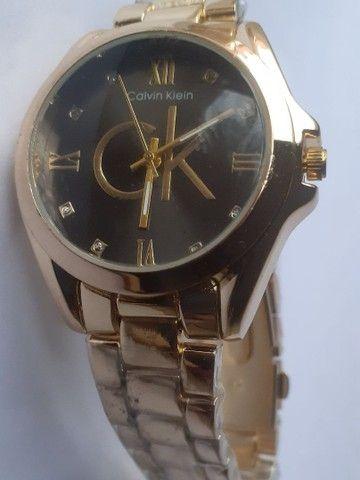 Relógio feminino analógico C.K  - Foto 4
