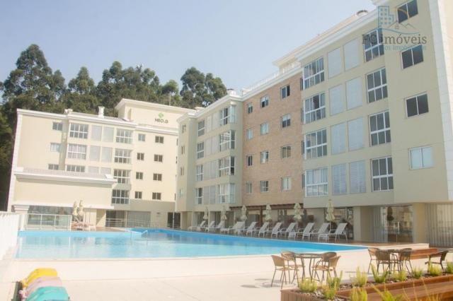 Em condomínio, com 2 dormitórios e vaga privativa!!