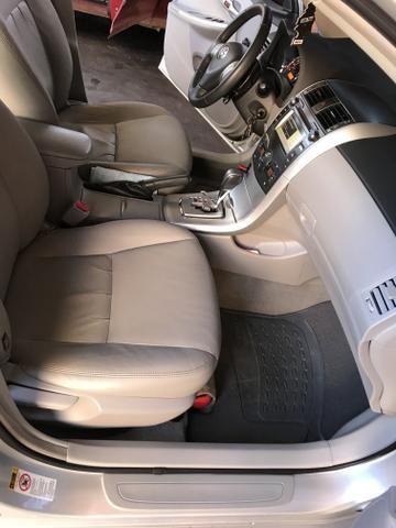 Toyota Corolla xei 13/14 Carro em excelente estado - Foto 17