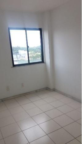 Apartamento 2/4 na Estrada do Coco - Foto 9