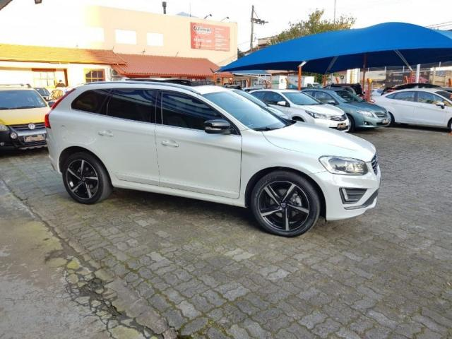 Volvo Xc60 2.0 TURBO R-DESIGN 4P - Foto 5