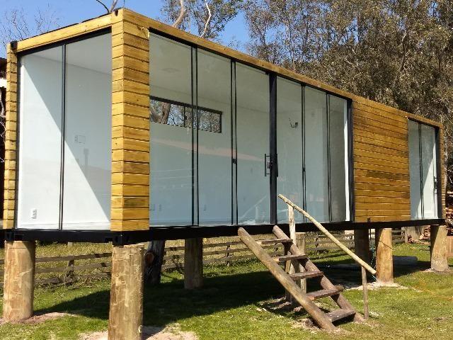 Casa container 30m2 com um quarto revestida em madeira em Chapeco
