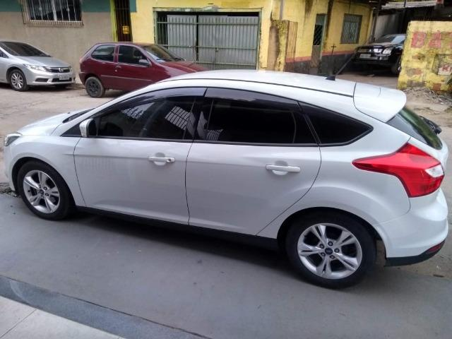 Vendo Ford Focus Hatch Modelo 14 - Foto 2