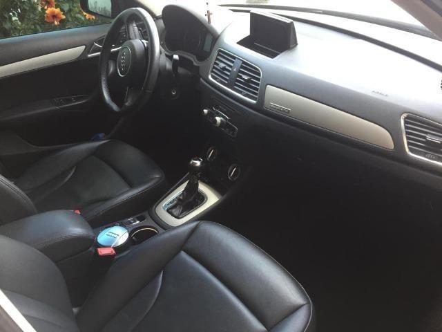 Audi Q3 2.0T Top com teto (Aceito trocas) - Foto 2