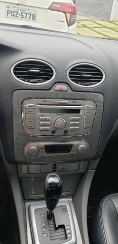 Focus sedan Ghia Automático - Foto 8