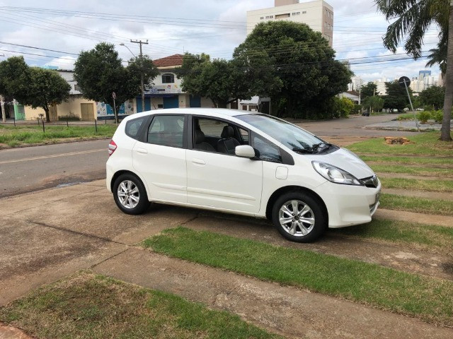 Carro Honda Fit 1