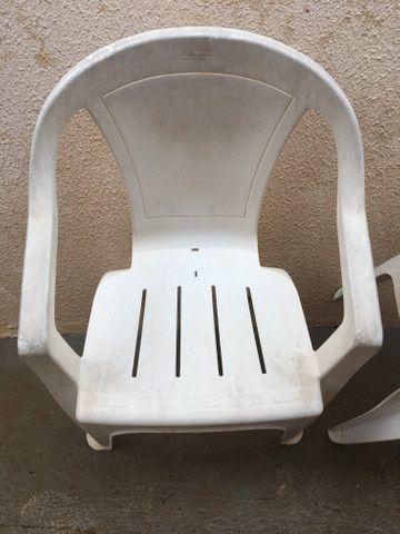 Cadeira de plástico em Ji-Paraná. - Foto 2