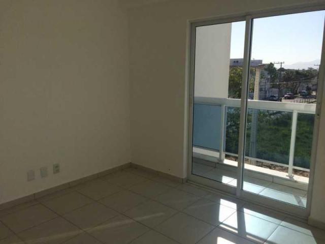 Apartamento de 03 quartos em condomínio com piscina. - Foto 8