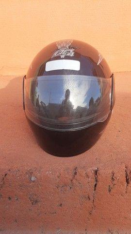2 capacetes + 2 capas (gratuito) - Foto 15