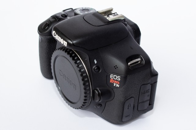 Canon Eos Rebel T3i 18-55mm Is Ii Kit Dslr Com 6700 Cliques - Foto 6