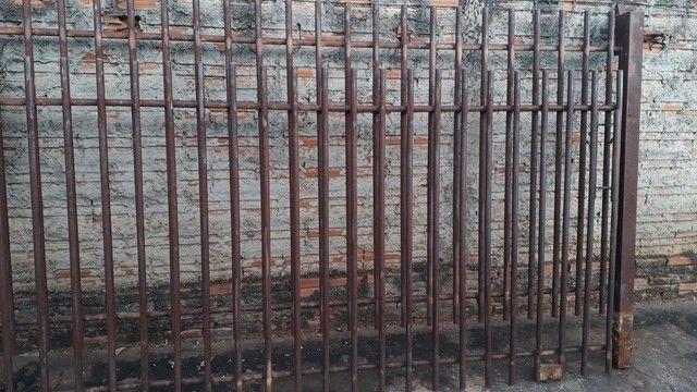 Portão e grade - Foto 2