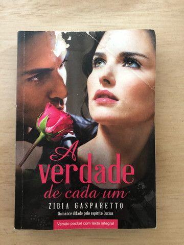 Livros da Zibia Gasparetto por 10 reais