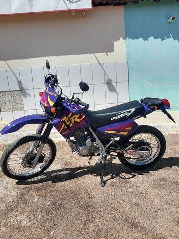 XR 200 moto pra coleção nada pra fazer filé toda  - Foto 2
