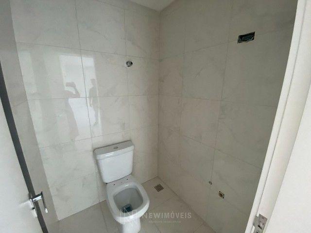 Apartamento Diferenciado com 4 Dormitórios em rua reta ao mar em Balneário Camboriú - Foto 15