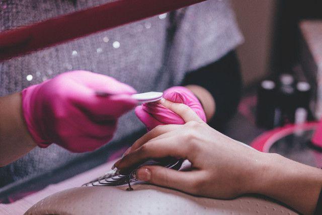 Curso alongamento de unhas (fibra de vidro) - Foto 4