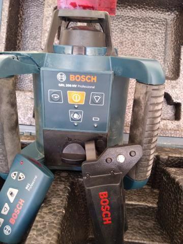 Nível a laser Rotativo Profissional BOSCH GRL250HV