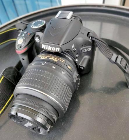 Câmera Nikon D3200 + lentes 18-55mm e 55-300mm