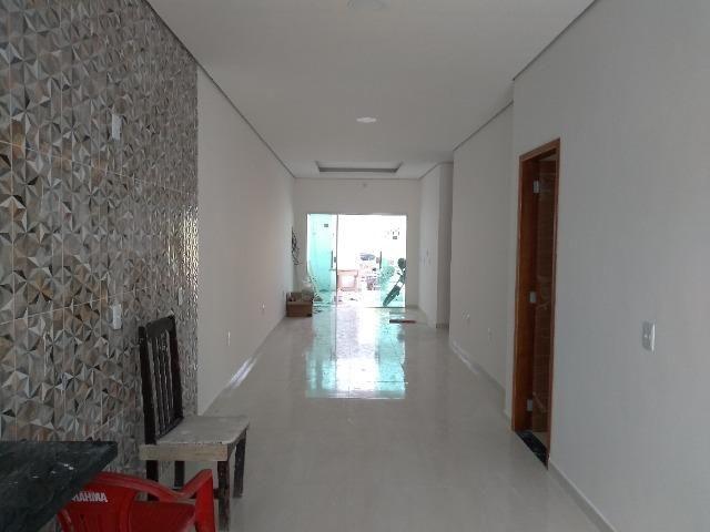Ampla casa, fino acabamento, 3 quartos, 2 vagas, quintal. No PQ 10 a 1 min das Av Torres - Foto 9