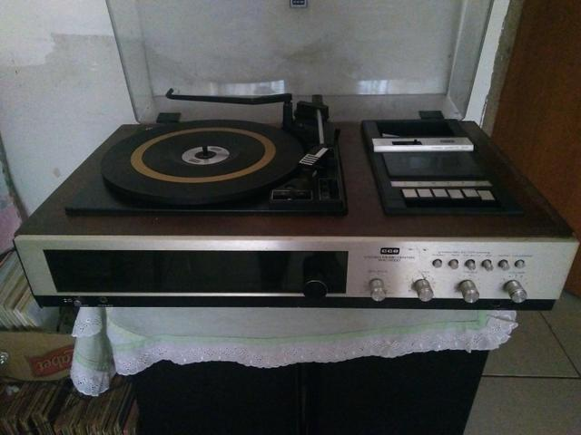 Toca discos - Áudio 5ecb0a411fe