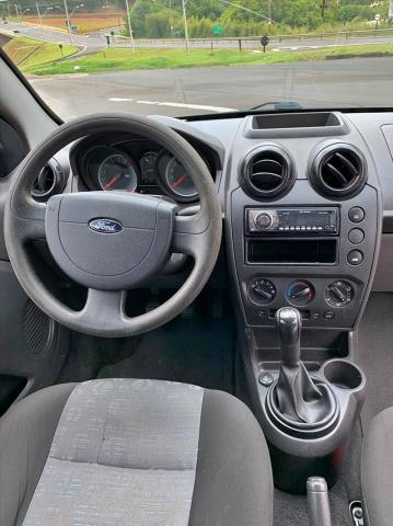 Ford Fiesta 1.6 se 16v - Foto 6