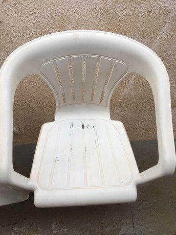 Cadeira de plástico em Ji-Paraná. - Foto 4