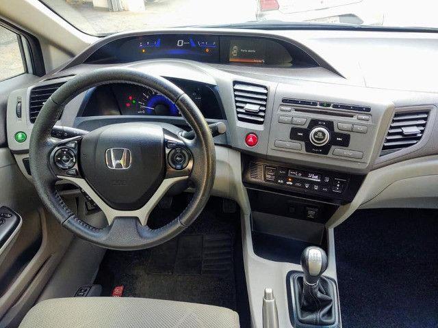 Honda Civic 1.8 Lxs 16v Flex Manual - Foto 11