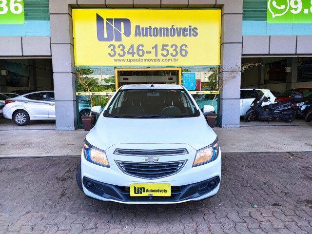 Chevrolet Onix 1.4 LT 2016 impecável único dono!