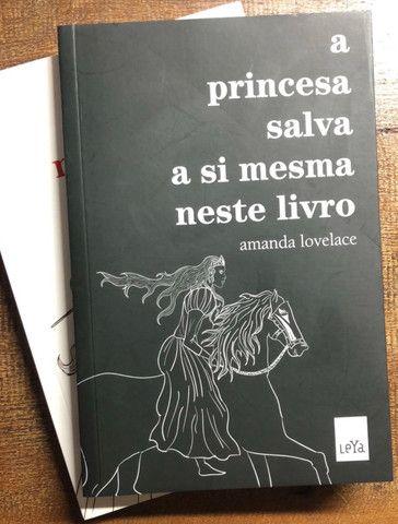 Livros de poesia Amanda Lovelace
