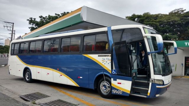 Ônibus Volkswagen 17.260 LO 4x2 - Busscar Vissta Buss HI 46 Passageiros - Foto 2