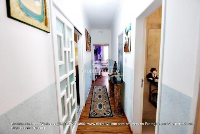 Casa no bairro Balneário, Florianópolis de 04 dormitórios com suíte - Foto 14