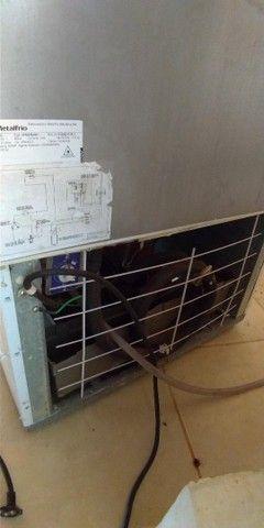 Freezer e Conservador Vertical Dupla Ação 539 litros VF55D Metalfrio 220V - Foto 6