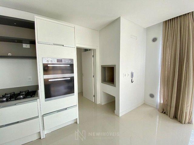 Apartamento Semi-Mobiliado 3 Suítes e 3 Vagas em Balneário Camboriú - Foto 9