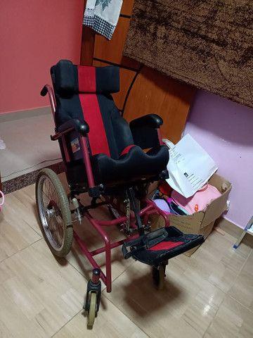 Cadeira de rodas adaptada  - Foto 2