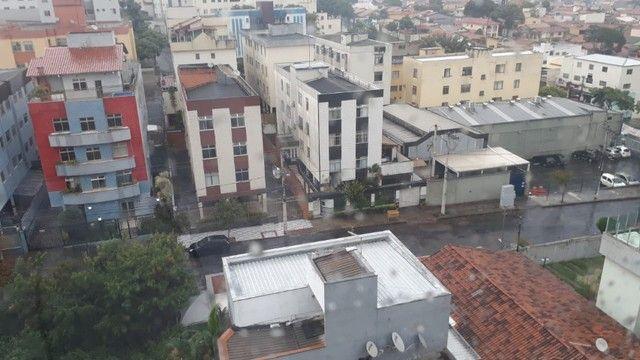 Apartamento de Dois Quartos - Suíte - Duas Vagas - Alto Padrão // Castelo Manacás - Foto 20