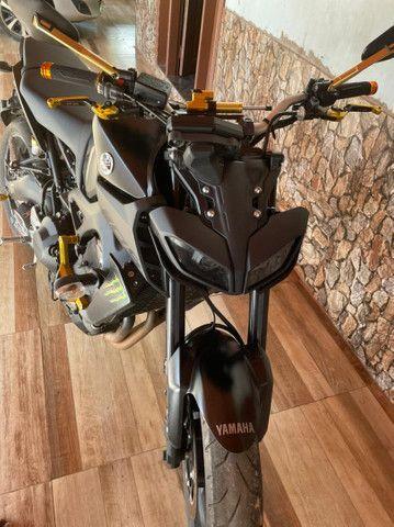 Yamaha MT 09 2020 - Foto 4