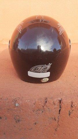 2 capacetes + 2 capas (gratuito) - Foto 9
