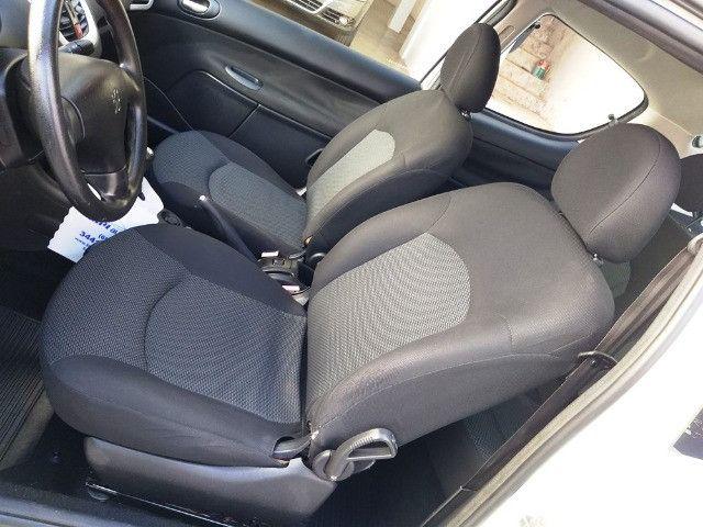 Peugeot 207 Hatch XR Flex - 2 Portas - 2012/2013 - R$ 22.000,00 - Foto 7