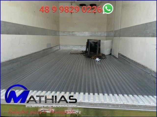 bau termico sem maquina de refrigeraçao 4.50m Mathias implementos  - Foto 3