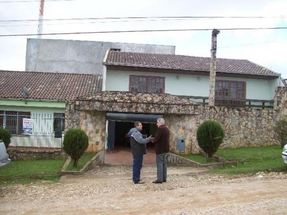 Residência 500,00 m², 2 suítes