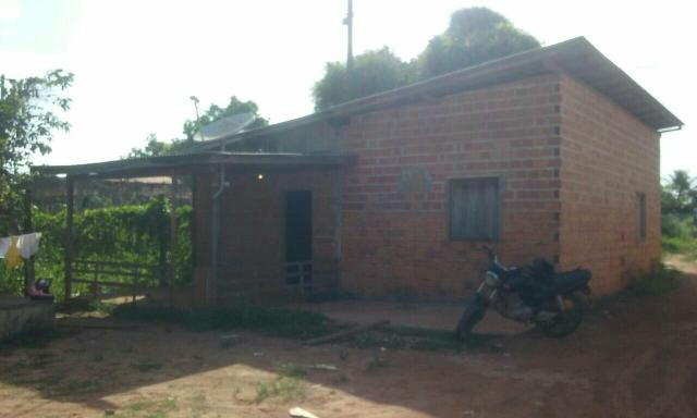 Casa na primeira rua atrás da vila amazonas