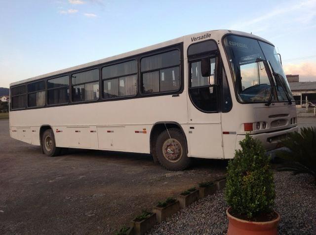 Ônibus Comil Versátile - Foto 3
