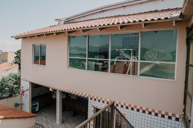 Casa mobiliada com piscina com 3+ quartos com vista privilegiada da cidade - Foto 7